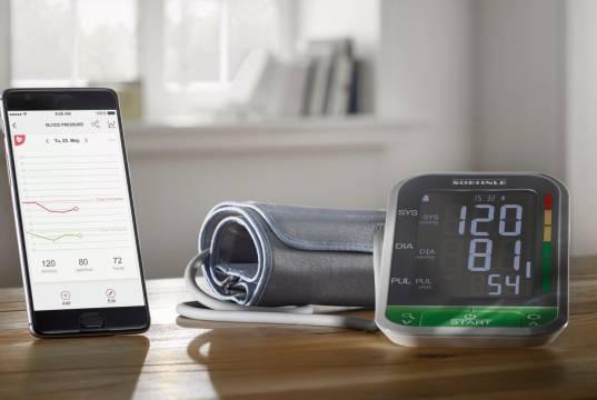 Soehnle Blutdruckmessgerät Systo Monitor Connect mit Connect-App.
