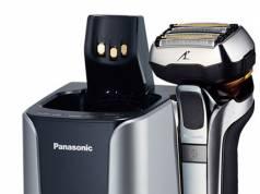 Panasonic Rasierer ES-LV9Q mit Bartdichten-Sensor.