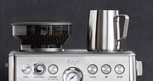Sage Espresso-Maschine Barista Express mit hochleistungs-Dampflanze.