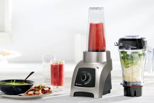 Vitamix Personal Blender S30 mit lasergeschnittenen Edelstahlklingen.