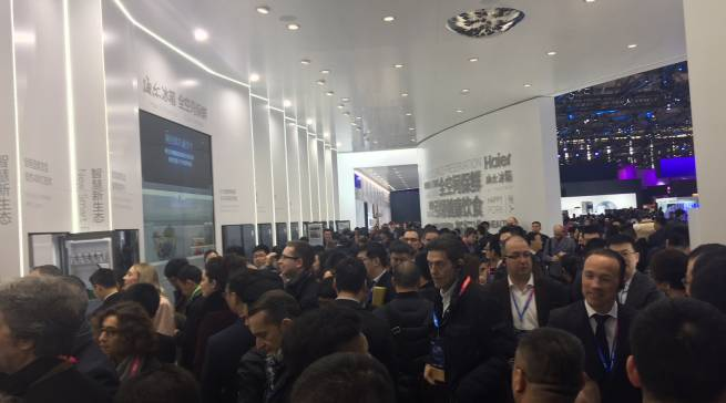 Eine eindrucksvolle Marktdominanz auf 11.000qm Fläche demonstrierte Haier Mitte März auf der AWE Appliance & Electronics World Expo in Shanghai.