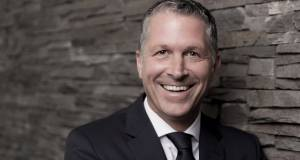 """""""An oberster Stelle steht das Ziel, erste Wahl bei unseren Kunden zu sein"""", Steffen Nagel, Geschäftsführer Vertrieb bei Liebherr."""