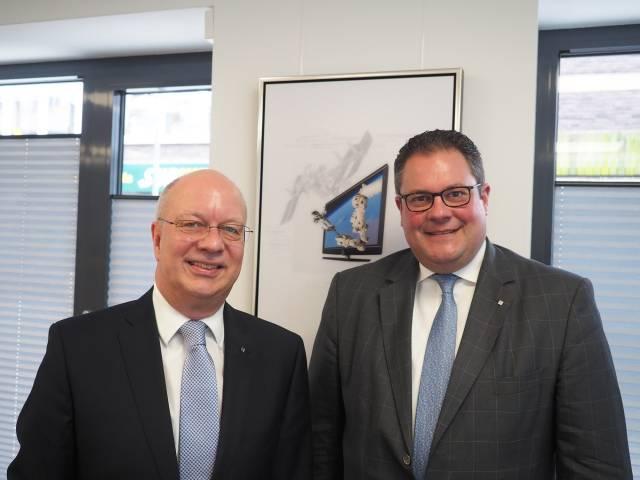 Zogen in Hannover eine Top-Bilanz: Vorstandsvorsitzender Thomas Schröder (l.) und Vertriebsvorstand Patrick Döring.