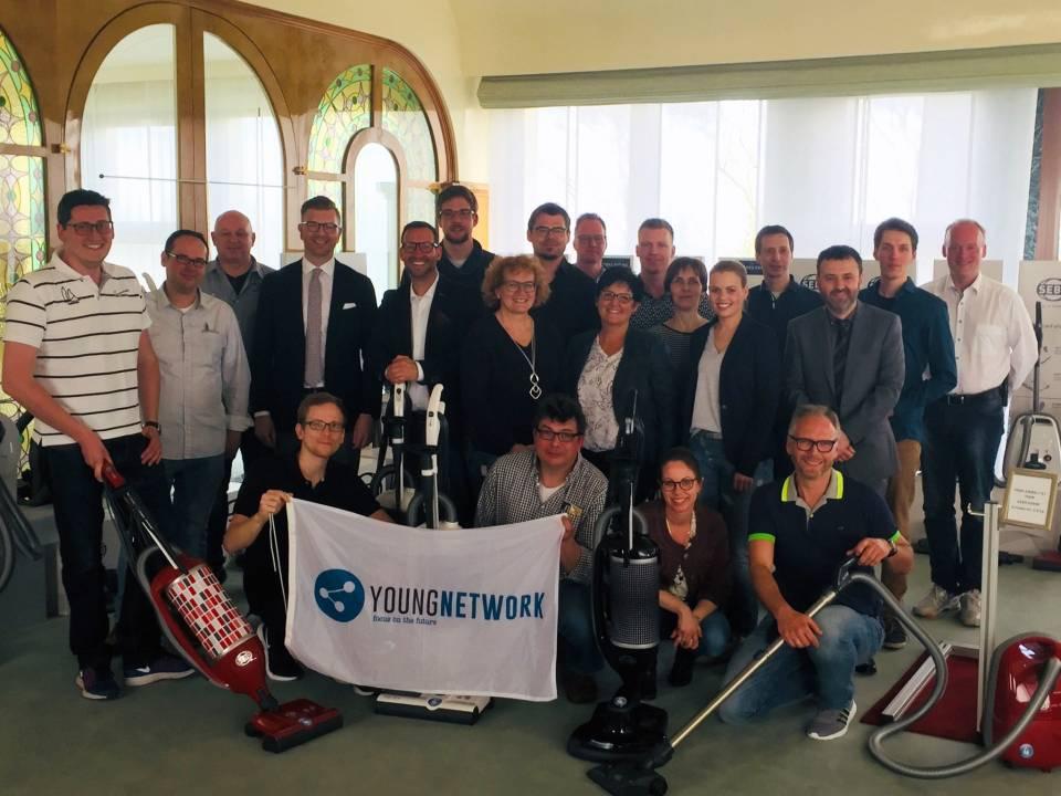 Rund 30 Young Networker der EK/servicegroup tanken Praxiswissen bei Sebo.