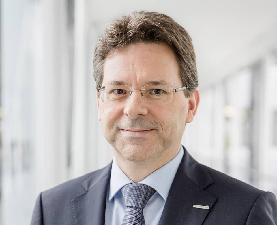 """""""Ich kann hier auf einer guten Basis aufbauen"""", Jochen Ludwig neuer Vorstandsvorsitzender der expert SE."""