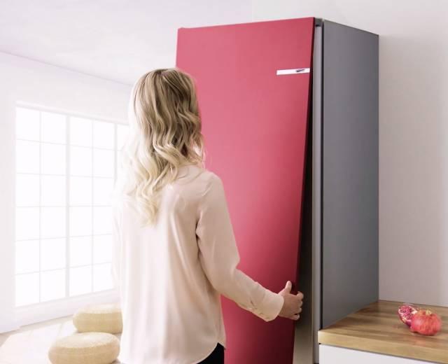 Bringt auf einfachste Art Farbe und Abwechslung in die Küche: Vario Style Kühl-Gefrier-Kombination von Bosch.