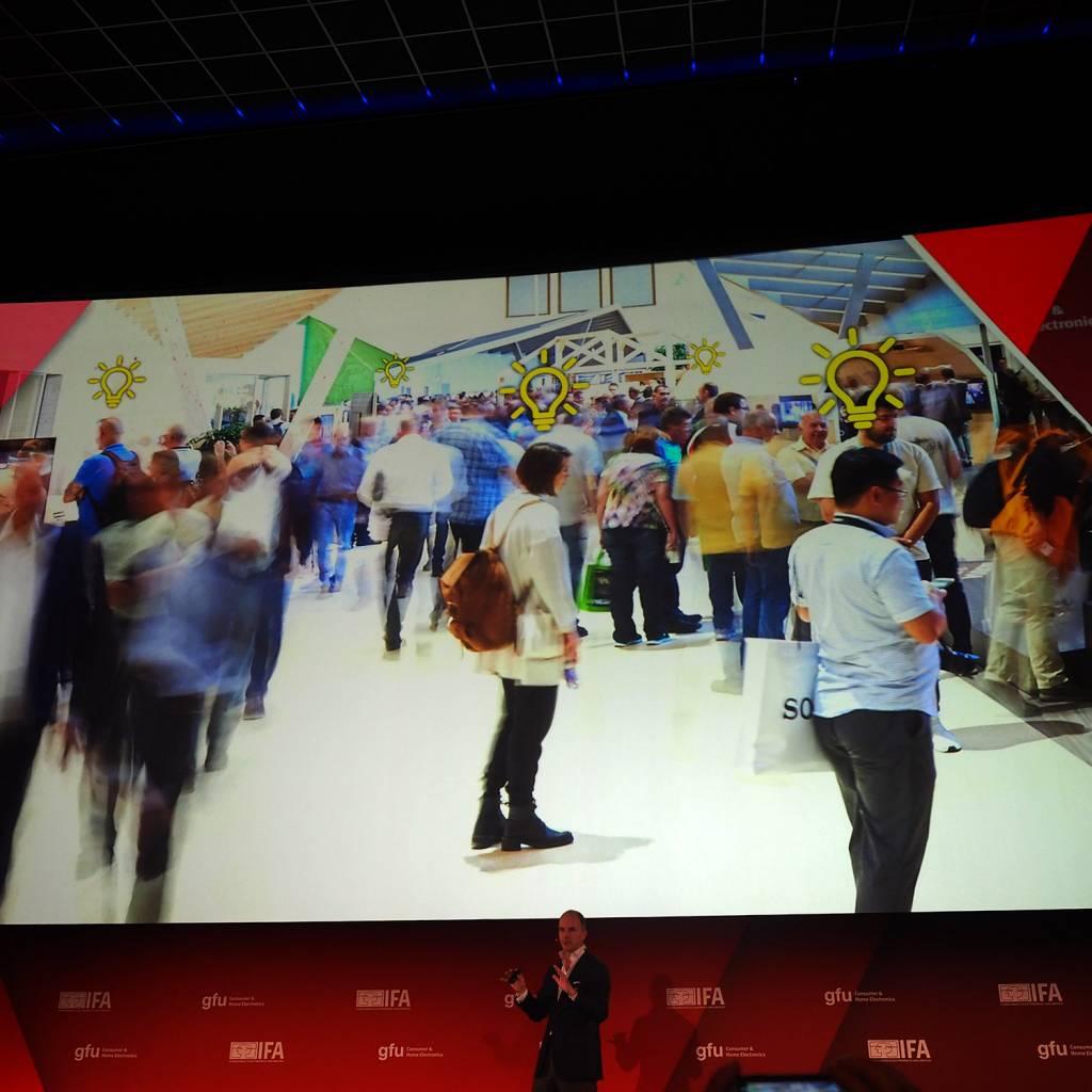 """Dr. Christian Göke, CEO, Messe Berlin beschreibt in seinem emotionalen Vortrag den """"Heureka""""-Effekt auf der IFA"""