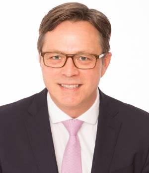 Ein Branchenkenner für Sharp: Marek Dietze.