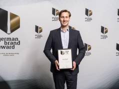 Freude bei Dirt Devil Geschäftsführer Markus Monjau: die Marke zum dritten Mal in Folge mit dem German Brand Award ausgezeichnet.