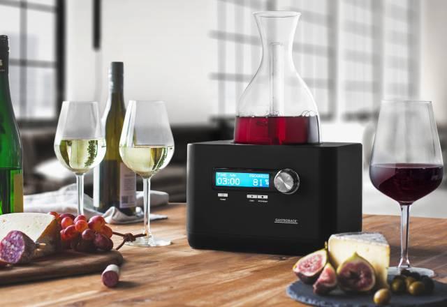 Gastroback Home Sommelier für automatisches Wein- Dekantieren mit App-Verknüpfung.