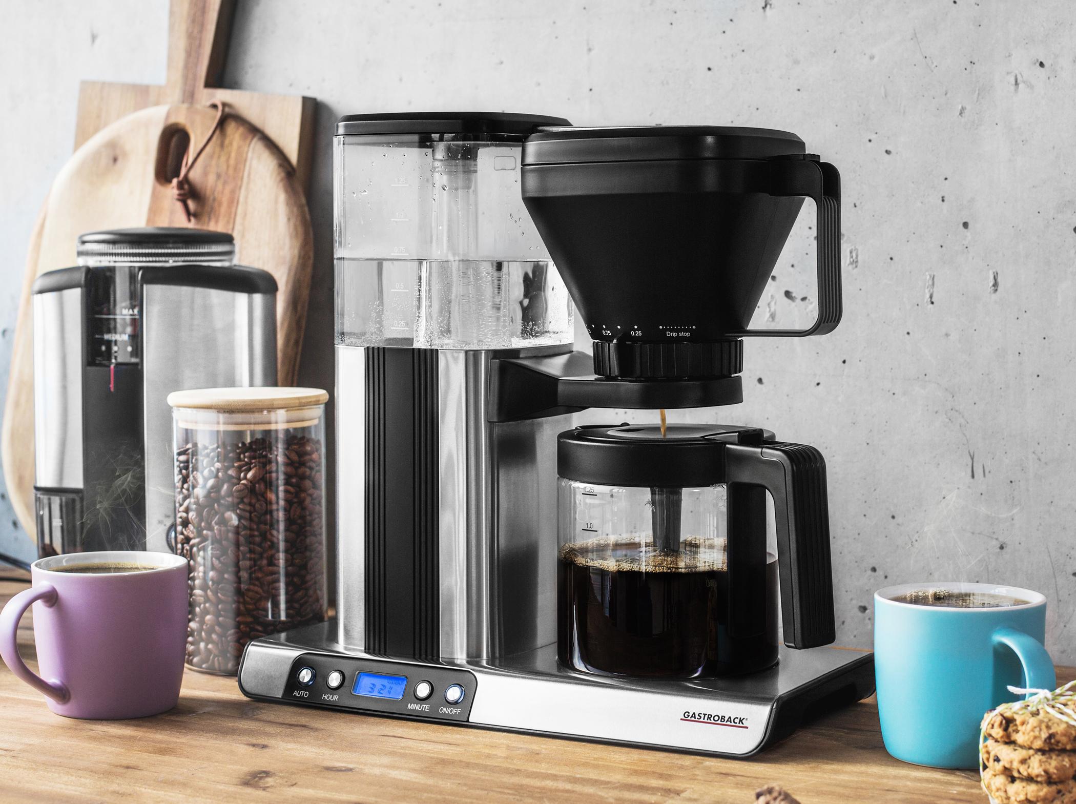<h1>Gastroback Kaffeemaschine Design Brew Advanced</h1><h3 style='font-size: 20px; margin: 0px 0px 15px 0px;'> -Filterkaffeemaschine, 8-Loch Wasserdurchlauf</h3>
