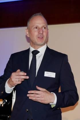 """Olaf Pauly, Commercial Director De'Longhi Deutschland GmbH: """"Wir haben viele Dinge verändert, die uns gemeinsam in die richtige Richtung führen, qualitativ miteinander zu vermarkten."""""""