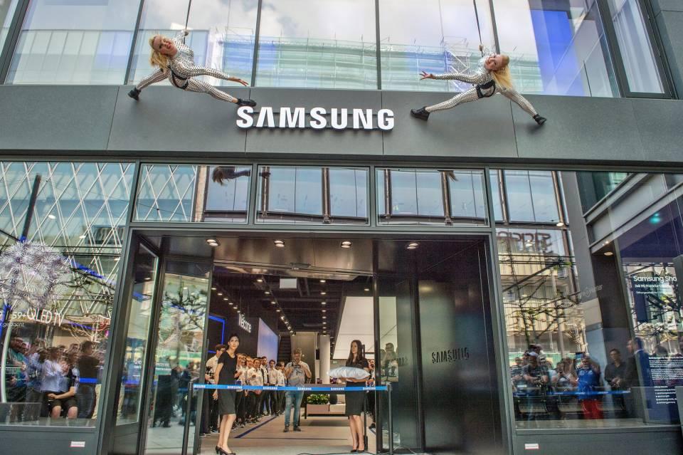 Es ist angerichtet: der Samsung Flagship-Store auf der Zeil in Frankfurt.