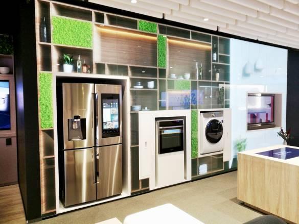 Im ersten Obergeschoss zeigt Samsung seine vernetzte Küchen- & Waschküchen-Kompetenz.
