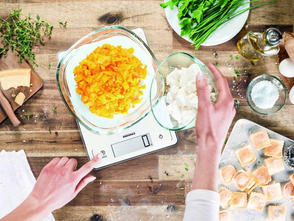 Die neue Sortimentsstruktur der Küchenwaagen bei Soehnle soll eine bessere Übersicht für eine schnellere Kaufentscheidung bewirken. Im Bild die Page Profi 300.
