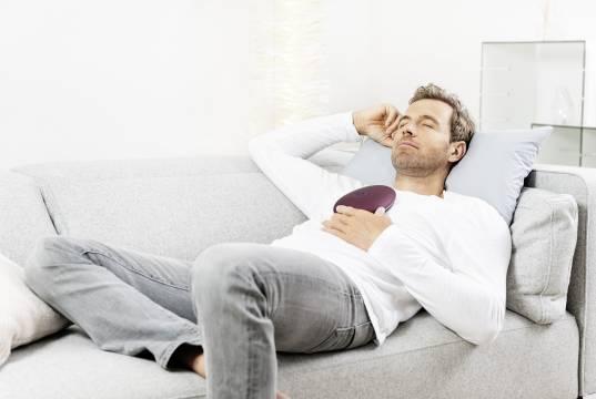 Beste Stress-Reduzierung -einfach mal abschalten: ein Vibrationsmotor beim stress releazer sorgt für eine niederfrequente Schwingung.