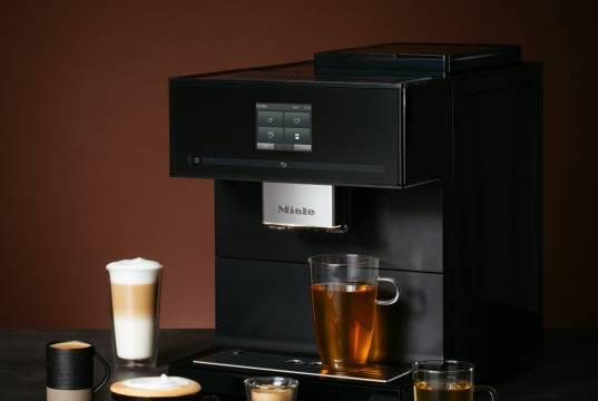 Miele Kaffeevollautomat CM 7750 CoffeeSelect bietet Auswahl von drei Bohnensorten per Fingertipp.