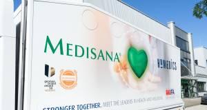 Mit einem eigens designten Truck steuert Medisana seine Partner im Handel an.