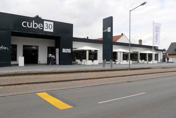 Der cube30 feierte seine Premiere in Löhne gegenüber der area30.