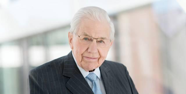 Alles Gute zum 90-sten Geburtstag: Dr. Peter Zinkann.