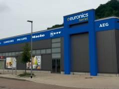 Umgeflaggt: Euronics Berlet in Ennepetal.