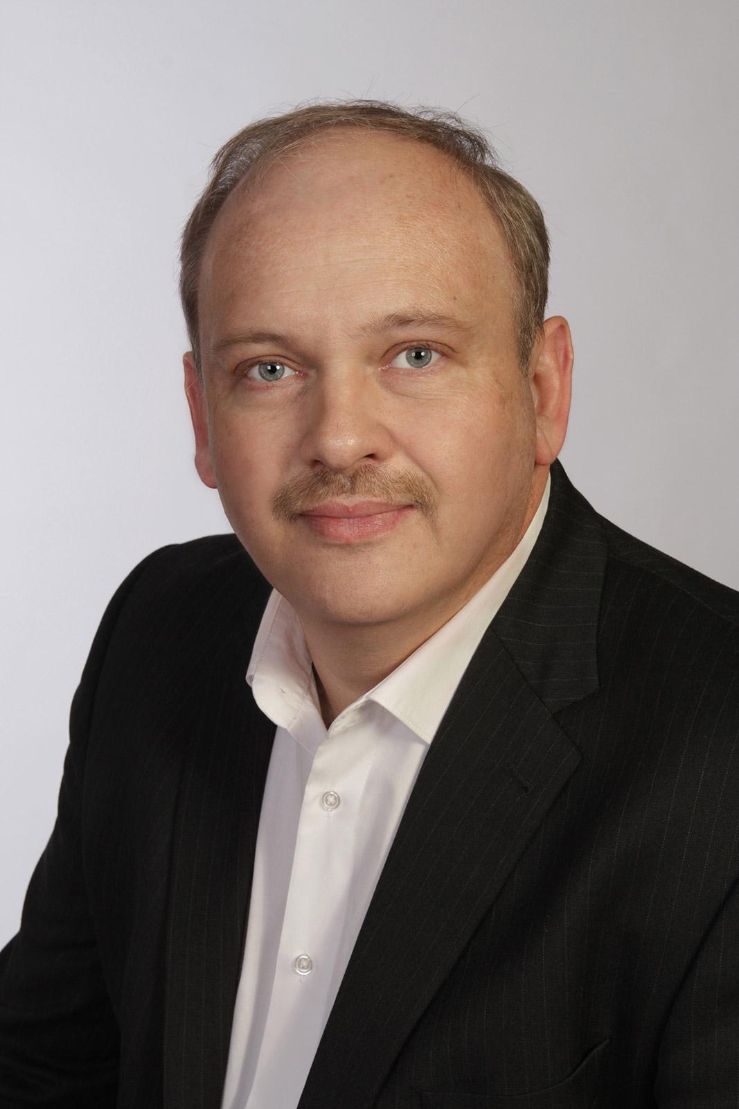 Michael Knoors bereut für Haier die Region West.