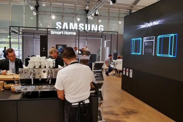 Die Samsung-Inszenierung des Smart Home machte deutlich: Es ist ein Top-Thema für den Küchenhandel,
