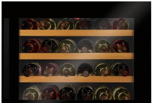 Amica Weinkühlschrank WK 341 200 S mit Platz für 40 Flaschen.