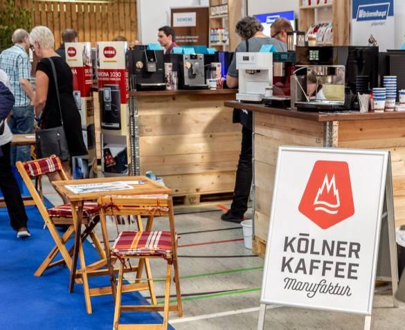 Für den Kaffee-Nachschub sorgt die Kölner-Kaffeemanufaktur.