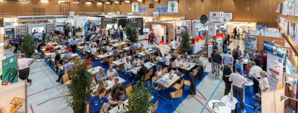Wie eine kleine IFA: Fachhandelsmesse von Brömmelhaupt.