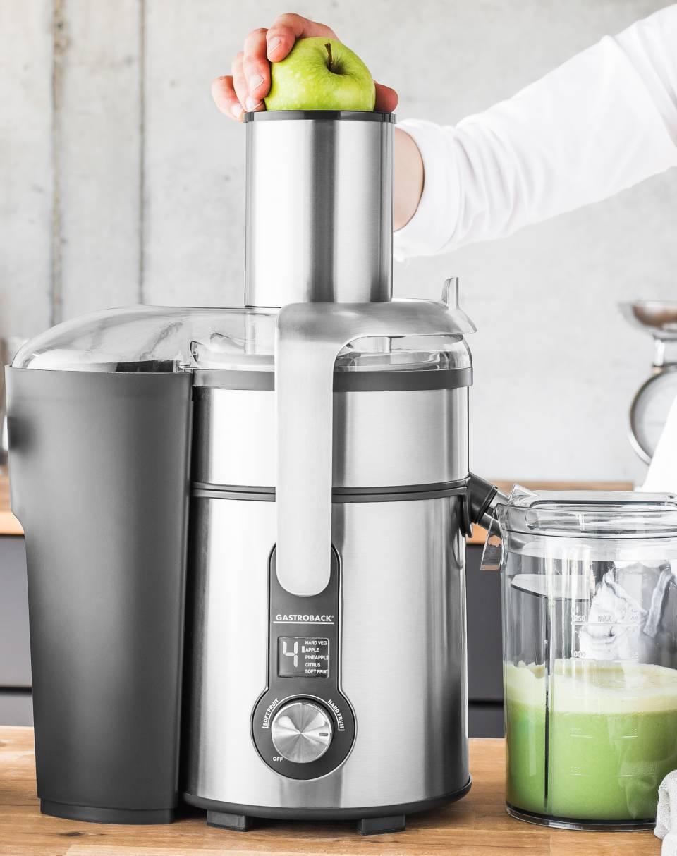 Gastroback Entsafter Design Multi Juicer Digital Plus mit Kaffeemühle, Mixer, Schnellzerkleinerer.