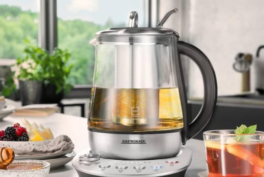 Gastroback Wasserkocher Design Tea Aroma Plus mit Teefilter aus Edelstahl.