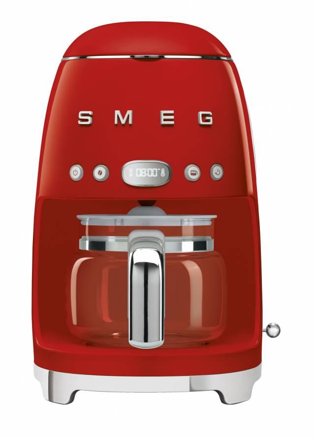 Smeg Filterkaffeemaschine DCF01 mit Aromawahltaste.