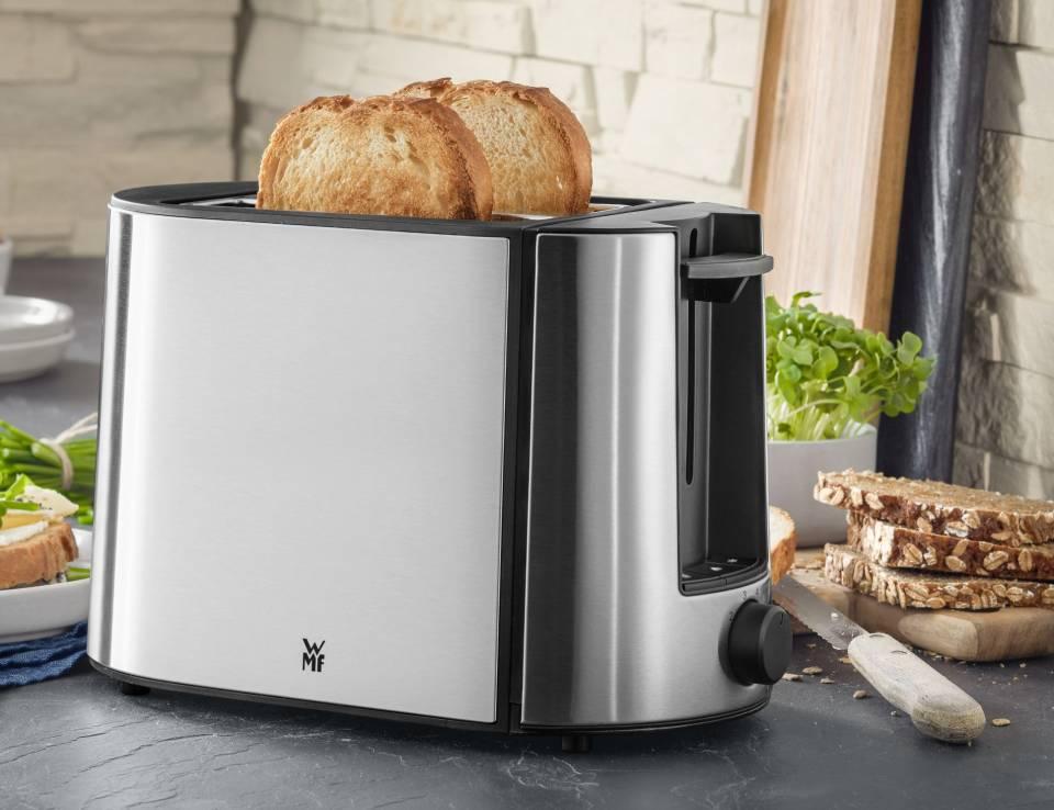 WMF Bueno Pro Toaster mit 6 Bräunungsstufen.