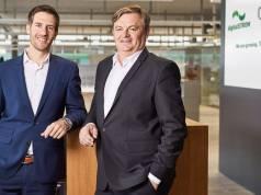 Adrian Obrist (li.), CEO der digitalSTROM AG und Bert de Haes (re.), CEO von ONE Smart Control.