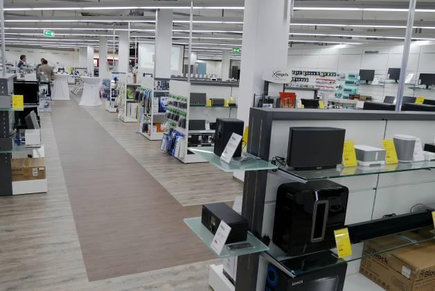 Knapp 800 qm Verkaufsfläche wurden umgebaut und neugestaltet.