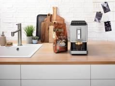 """Beim Kaffee-Vollautomaten """"Esperto Caffè kommt die Kaffee- wie die Maschinenkompetenz aus einem Haus."""