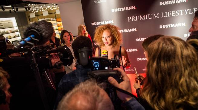 Stars & Sternchen, Models & Macher stießen bei der Eröffnung auf ein großes Medien-Interesse.