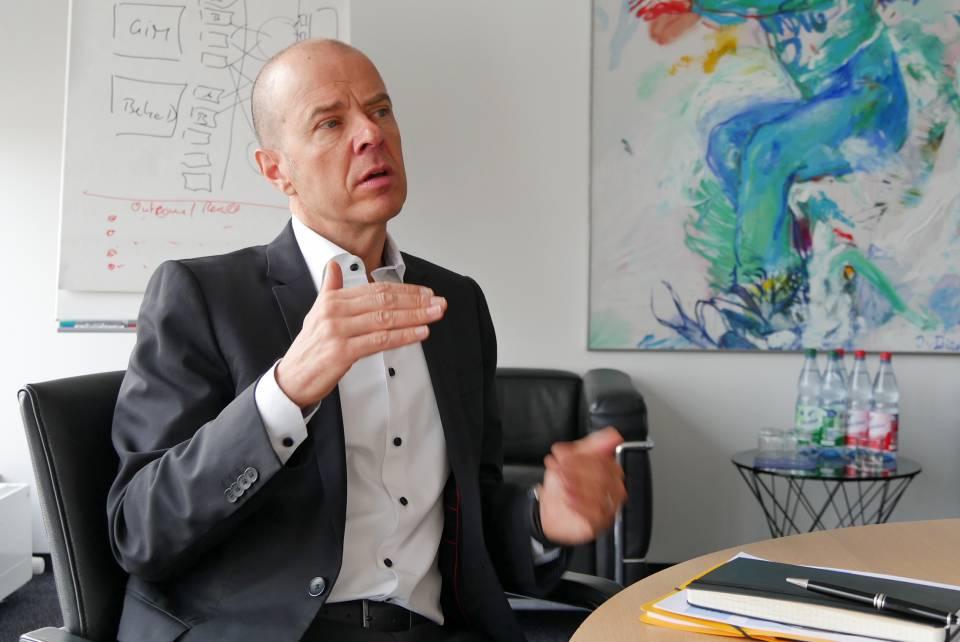 """""""Im Bewusstsein der Verbraucher haben wir mit Grundig den Schritt zur Hausgeräte-Marke noch nicht komplett geschafft"""", Mario Vogl, Northern Europe Regional Director."""