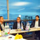 De'Longhi auf Premium-Kurs (v.l.): Marketing Director René Némorin, Geschäftsführer Stephan Patrick Tahy sowie Dietmar Schnarre (After Sales Director).