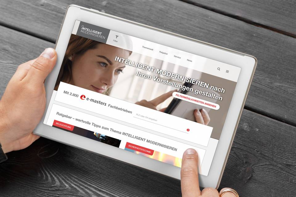 """e-masters: """"Frisch gestrichen"""" in der Online-Welt."""