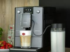 Nivona Kaffeevollautomat CafeRomantica 789 mit OneTouch Funktion Spumatore.