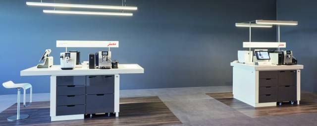 Ein wesentliches Element der Premium-Partner-Offensive ist die Ausstattung des PoS mit hochwertigem Mobiliar.