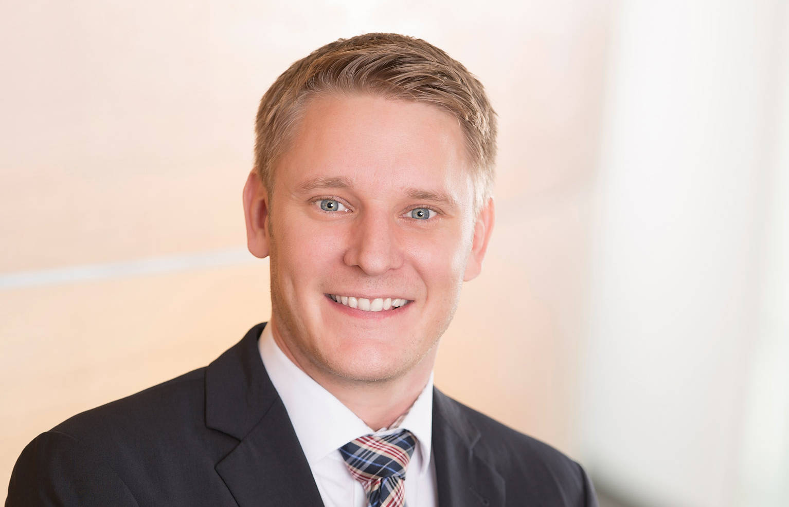 Sebastian Kebbe hat bei Beurer die neu geschaffene Position Direktor Marketing & Vertrieb Europa übernommen.