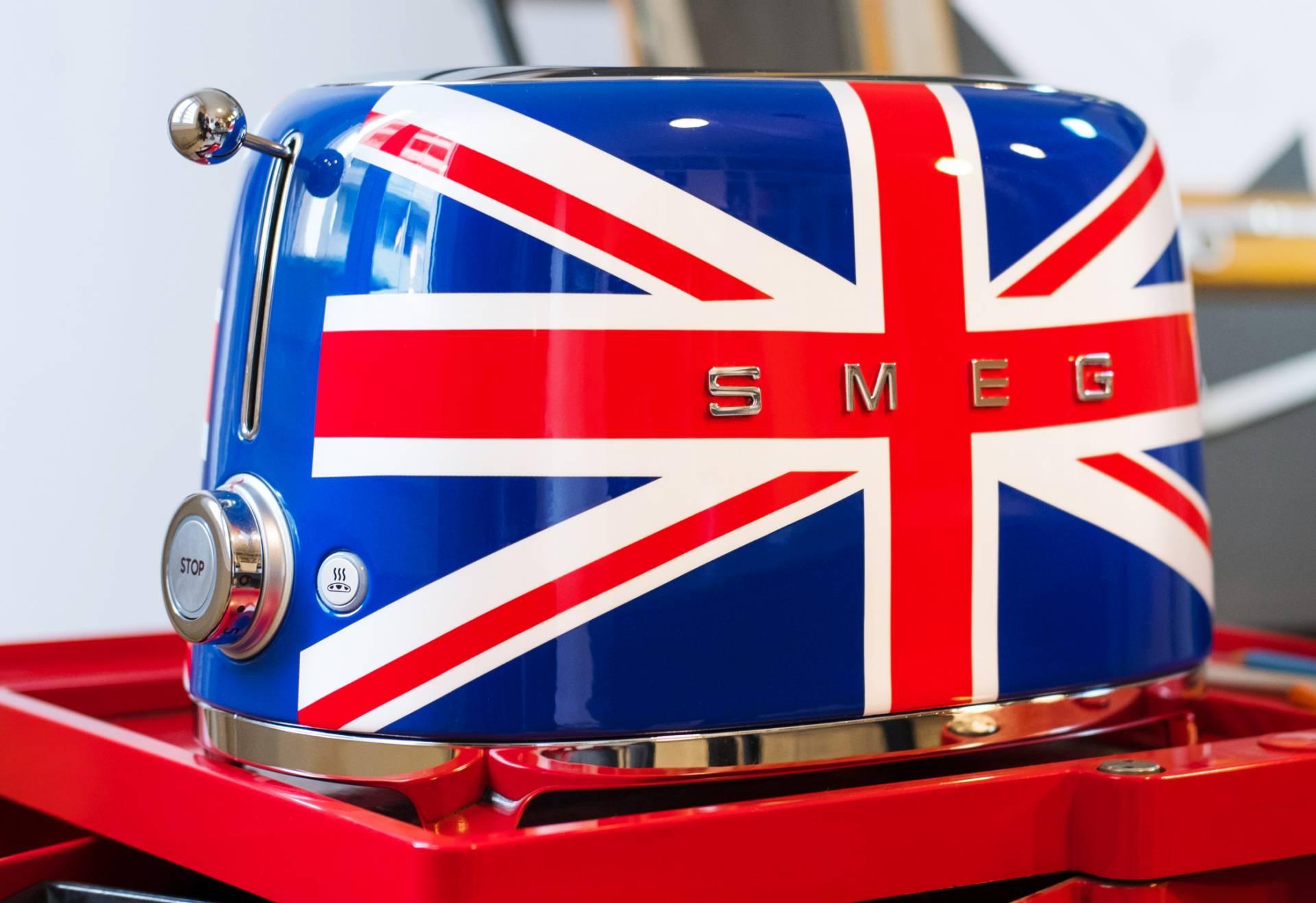 Smeg Kühlschrank Union Jack : Smeg dunstabzugshaube retro: store smeg rhein main smeg de. retro