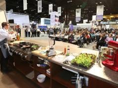 Wie im vergangenen Jahr wird auch 2019 das Cooking Theatre die Messebesucher der International Home + Housewares Show, Chicago, begeistern.