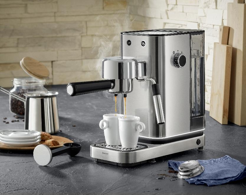 Premiere zur Ambiente: Lumero Espresso Siebträger-Maschine von WMF.