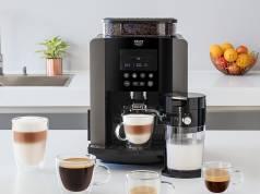 Krups Kaffeevollautomat Arabica Latte mit Barista-Quattro-Force Technologie.