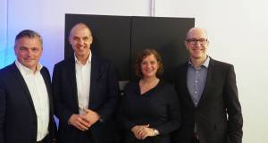 Mit klarem Kurs durch die schwere See (v.l.): Martin Alof (Head of_Sales Built-In_Home Appliances), Alexander Zeeh (Director Home Appliances), Diana Diefenbach (Head of Communication Home Appliances) und Thorsten Bross (Head of Marketing).