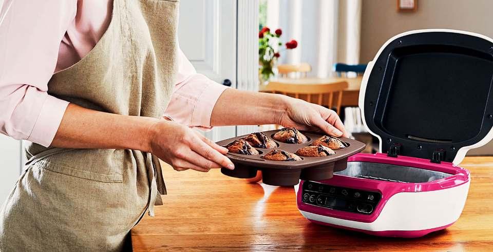 Tefal Kuchenbackautomat Cake Factory mit fünf automatischen Programmen.